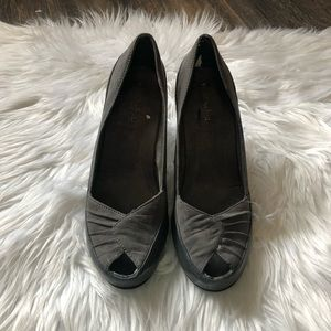 Whats What by Aerosoles Grey Heels NWOB Size 7.5